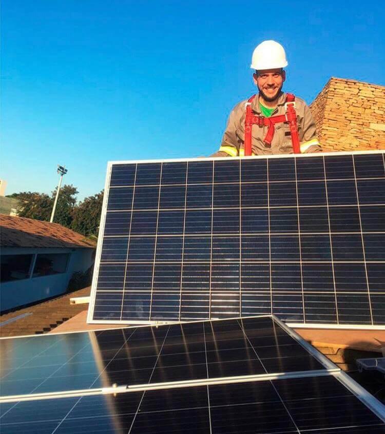 Instalação De Energia Solar: Equipe Ideal